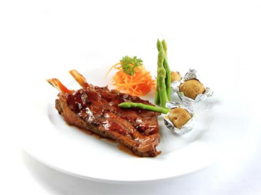 Grilled Pork Ribs with Chili Sauce