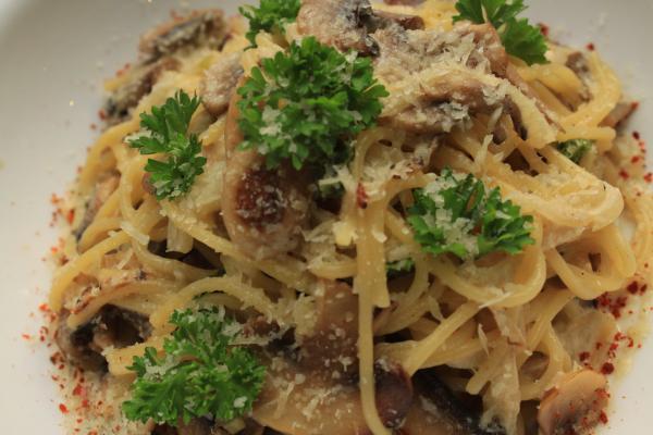 Pasta Con Fungi (v)
